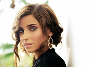 Nelly Furtado artist photo