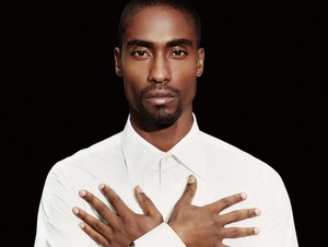 Simon Webbe artist photo