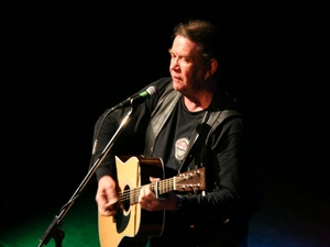 Dick Gaughan artist photo