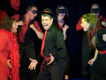 Showstopper! The Improvised Musical (Touring) picture