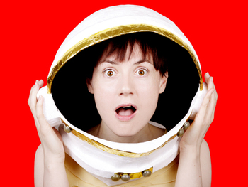 Edinburgh Previews: Helen Keen, Fran Moulds picture