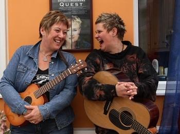 Chris While & Julie Matthews @ Centenary Centre | Perth | United Kingdom