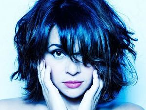 Norah Jones artist photo