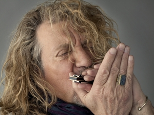 Robert Plant's Sensational Space Shifters artist photo