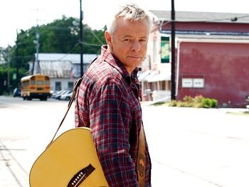 The Colonel & The Governor UK Tour: Tommy Emmanuel + Martin Taylor picture