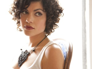 Carrie Rodriguez artist photo