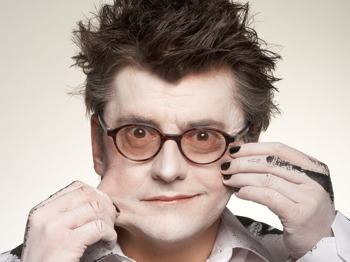 Doctor In The House: Joe Pasquale, Robert Powell picture