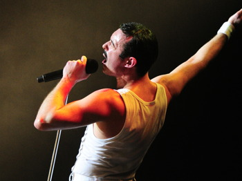 One Night Of Queen With Gary Mullen picture