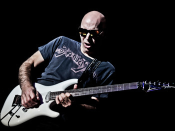 Joe Satriani + Matt Schofield picture
