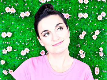 Pop-Up Comic: Zoe Lyons picture