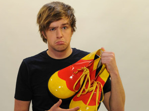 Iain Stirling artist photo