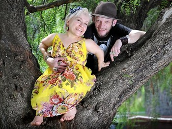 The Short And Long Of It: Gareth Berliner & Kiruna Stamell picture
