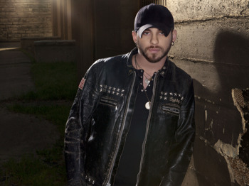 Brantley Gilbert picture