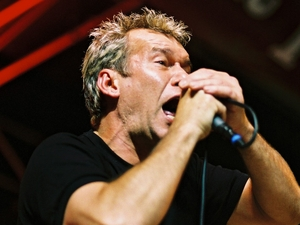 Jimmy Barnes artist photo