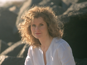 Cathie Ryan artist photo