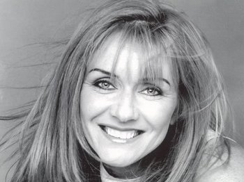 Frances Black artist photo