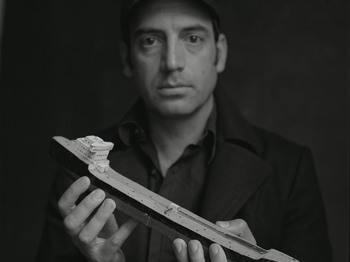 Adrian Crowley artist photo
