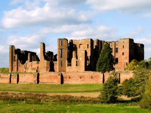 Kenilworth Castle artist photo