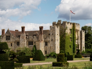 Hever Castle artist photo