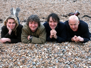Glenn Tilbrook and The Fluffers artist photo