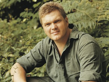 An Evening With Ray Mears - The Outdoor Life: Ray Mears picture