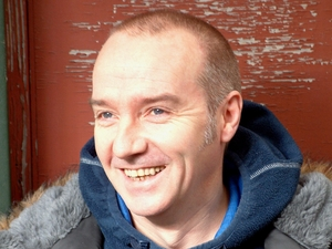 Midge Ure artist photo