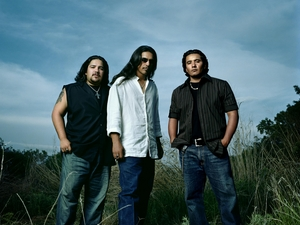 Los Lonely Boys artist photo