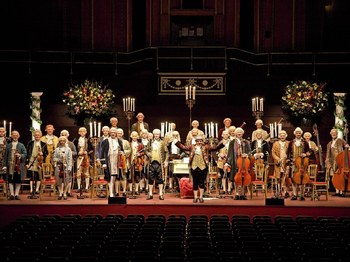 Messiah by Candlelight: Mozart Festival Orchestra, London Chorus picture