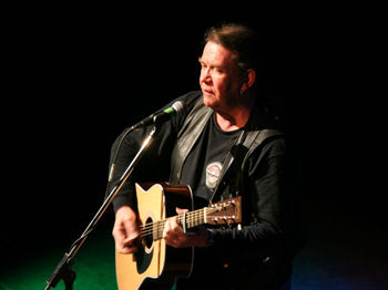 The Davy Lamp Folk Club: Dick Gaughan picture