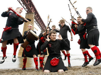 Red Hot Chilli Pipers picture