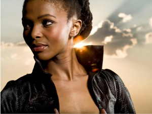 Simphiwe Dana artist photo
