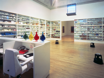 Pharmacy: Damien Hirst picture
