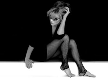 Melody Gardot artist photo