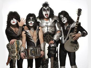 Help For Heroes: KISS picture