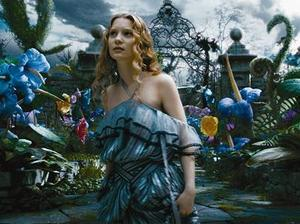 Film promo picture: Alice In Wonderland (2010)