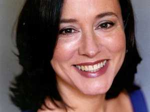 Arabella Weir artist photo