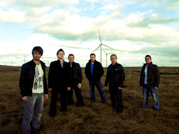 Christmas Shindig  : Skerryvore, Charles Scott picture