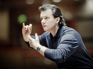 Andris Nelsons artist photo