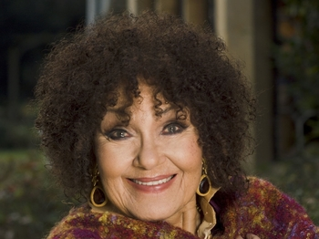 Cleo's Cockney Christmas: Dame Cleo Laine picture