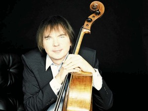 Julian Lloyd Webber artist photo