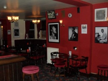 Hope's Bar (Formerly Ronnies Bar) venue photo