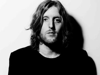 Andy Burrows artist photo