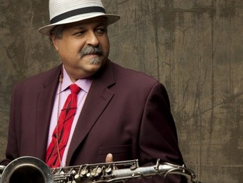 Joe Lovano artist photo