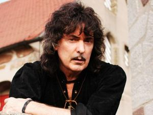 Ritchie Blackmore artist photo