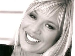 Letitia Dean artist photo