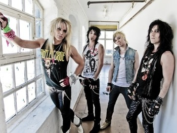 Reckless Love artist photo