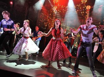 Dreamboats & Petticoats - The Musical (Touring) picture