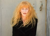 Loreena McKennitt artist photo