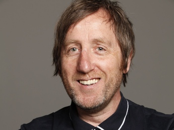 Michael Smiley artist photo