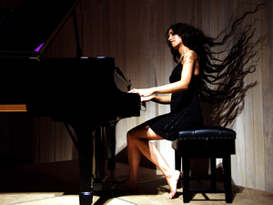 Zoe Rahman Quartet artist photo